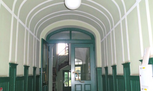 House Entrance Section